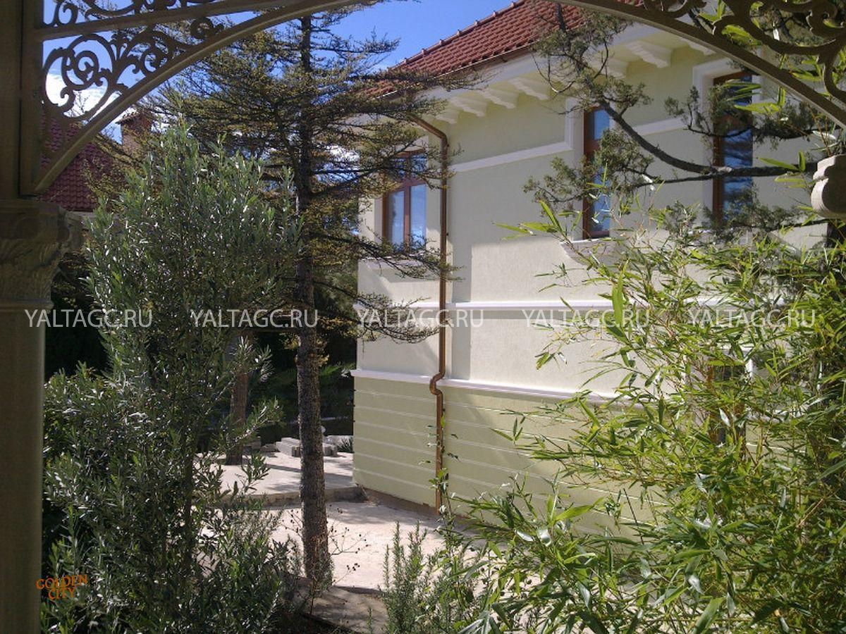 Дом в Коттеджном поселке в Форосе